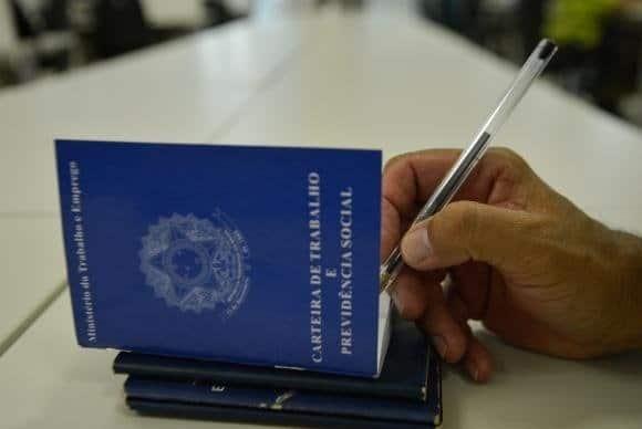 Cartão de registro profissional será agora obtido pela internet