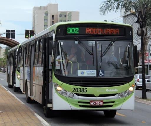 Desempregados podem ter direito a passagem de ônibus gratuita em Goiânia