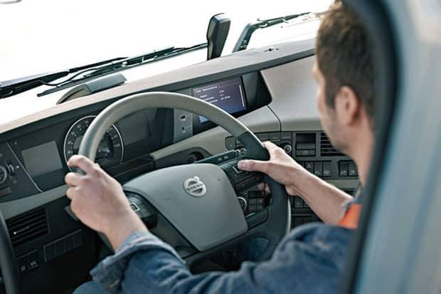 Lei do motorista profissional é debatida em Simpósio no TRT/18