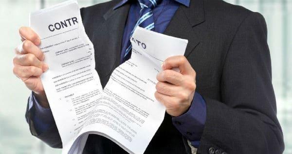 Acordo homologado na Justiça Comum é inválido para afastar vínculo de emprego