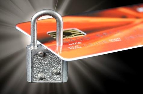 TRT18 determina bloqueio de cartões de crédito e de CNHs de sócios de empresa executada